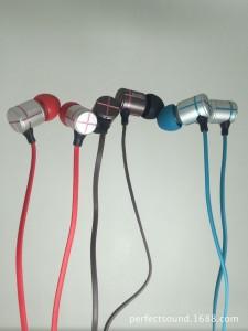 原装 金属立体声HIFI 重低音 TPE面条入耳线控耳机